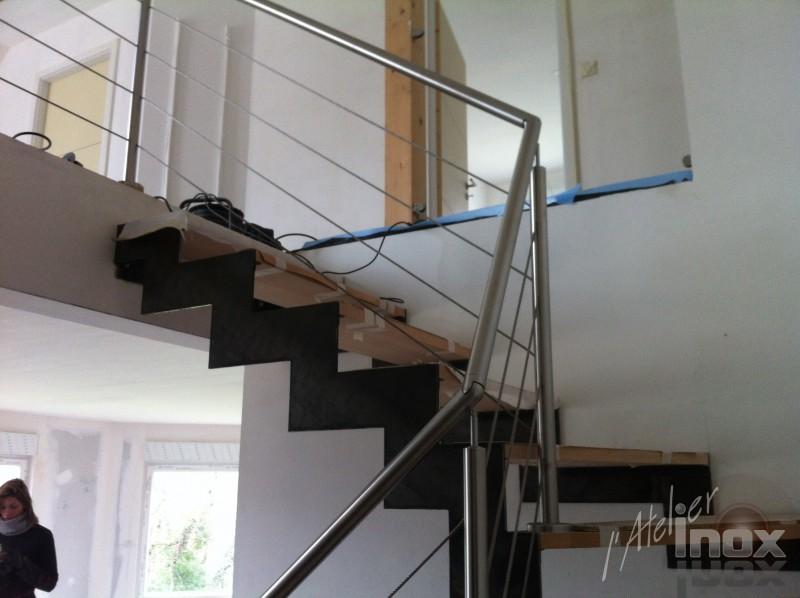 escalier cremaillère acier brut