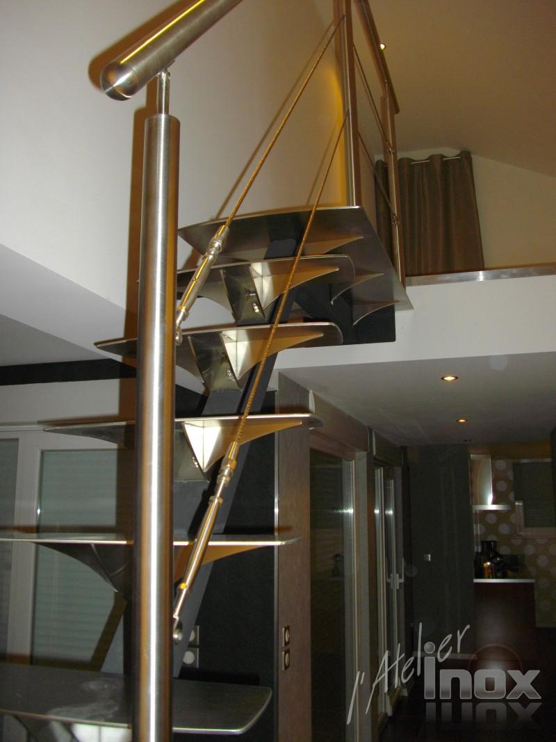 escalier marches inox 6mm