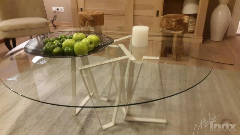 table basse inox et plateau en verre