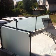 garde coprs acier noir verre opaque piscine