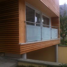 garde corps inox verre sur construction bois