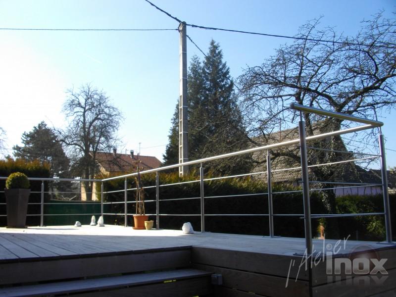 rampe inox 3 lisses sur terrasse