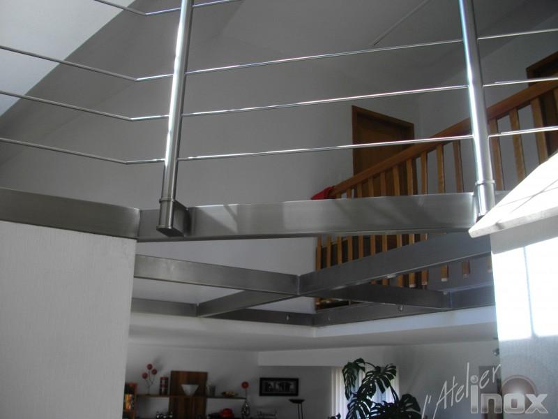 plancher inox verre en construction